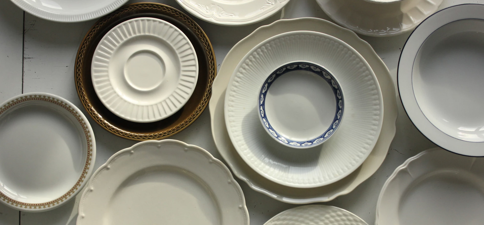 Plates on top of one another of different sizes